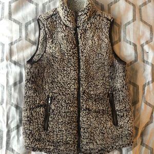 [Nordstrom / Thread & Supply] Soft Sherpa Vest